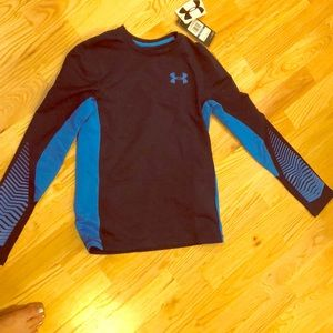Cold gear for outside or school. Under armour.